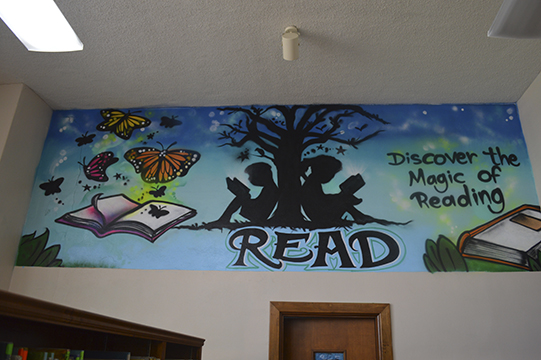 Groves Elementary Unveils New Library