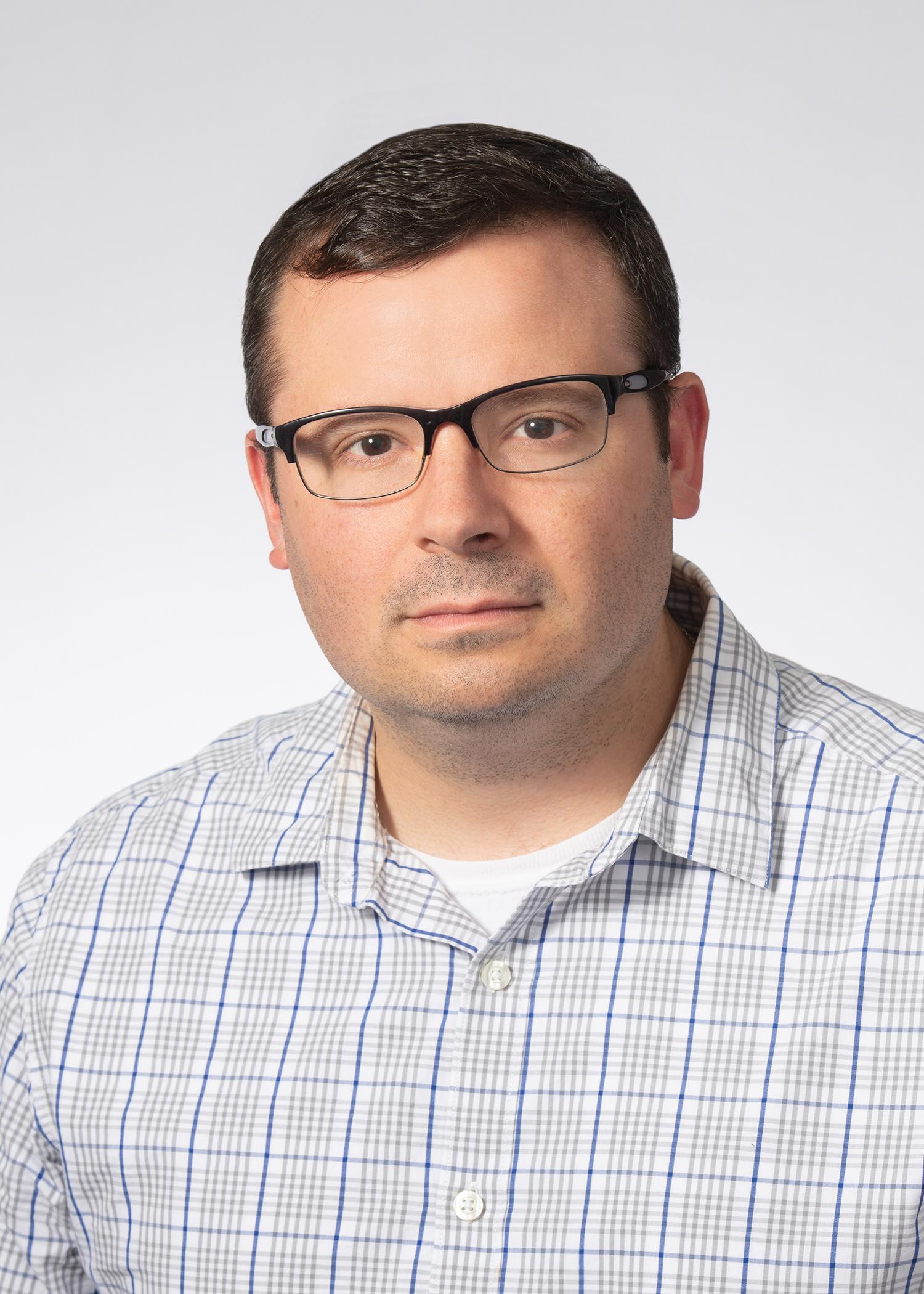 Stephen Hemelt : Publisher