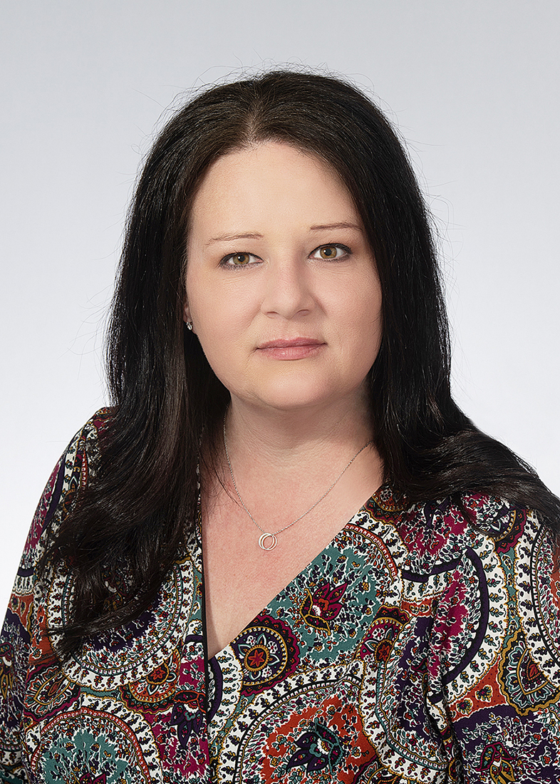 Monique Batson : Editor